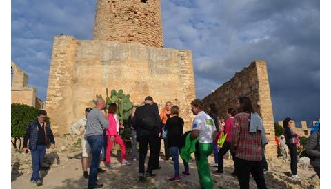 Els assistents al World Travel de Golf visiten el Castell de Capdepera